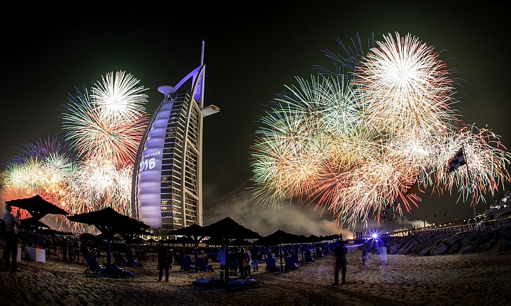 burjalarab_0_fireworks_gallery-article