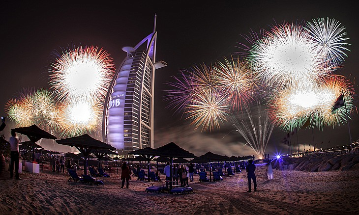burjalarab_10_firework_gallery-article