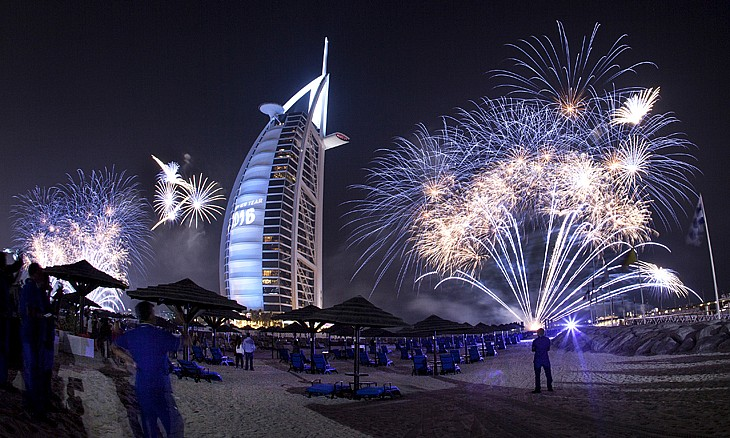 burjalarab_4_fireworks_gallery-article